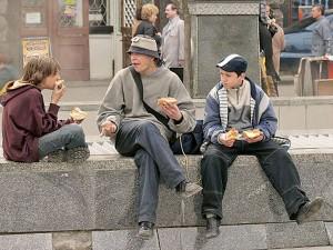 уличные подростки